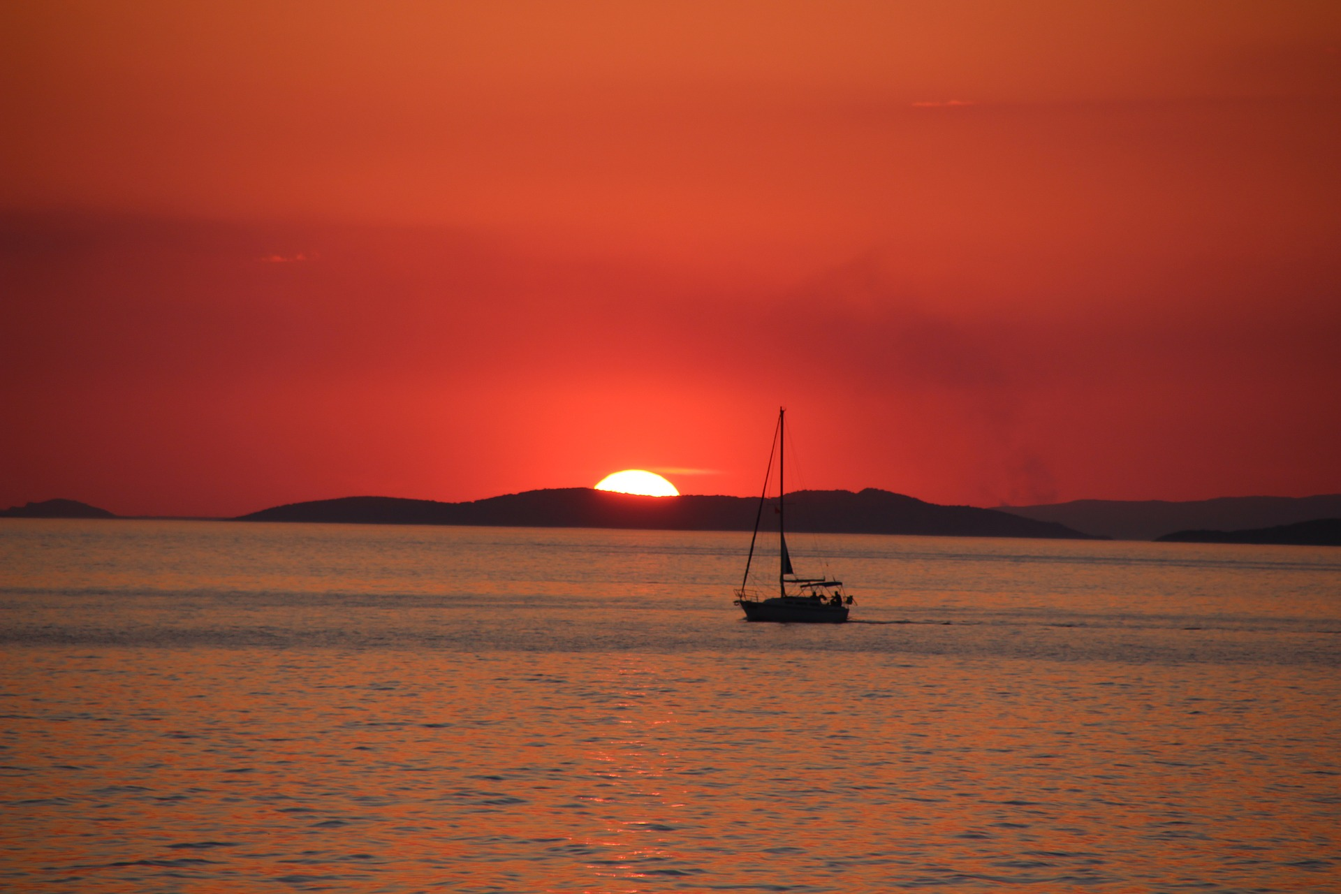 sunset-1438227_1920